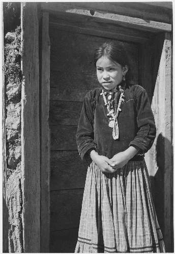 Adams - Dinee Girl 2 Canyon de Chelle, Arizona